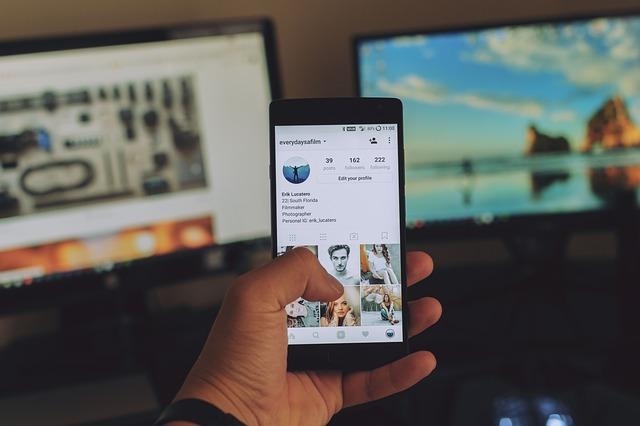 Pourquoi les médias numériques gagnent-ils en popularité?