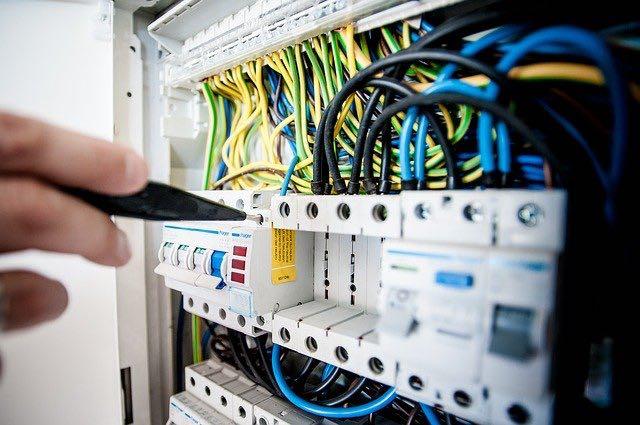Tout sur la remise aux normes électriques de votre maison